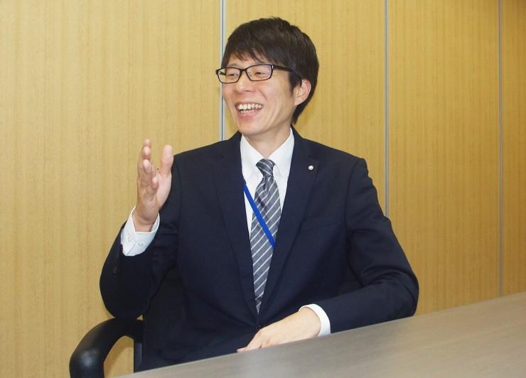入交グループ本社株式会社で総務を担当する伊藤さん