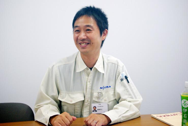 (渡邉さんは担当する業務や会社に抱く想いを笑顔で語ってくれた)